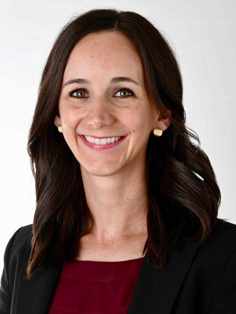Dr. Ashlynn Amelon - Dentist - Iowa City